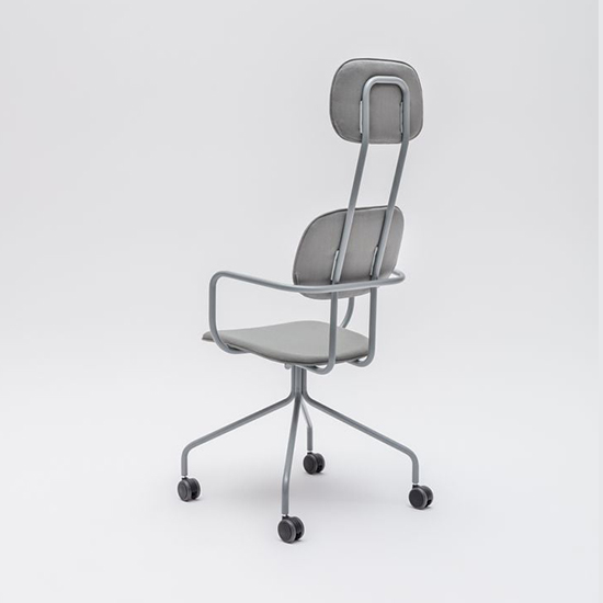 New School Highback Caster – With Armrests 5